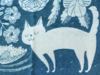 猫デザインのブランケット